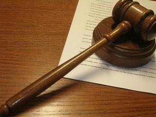 gavel-judgment